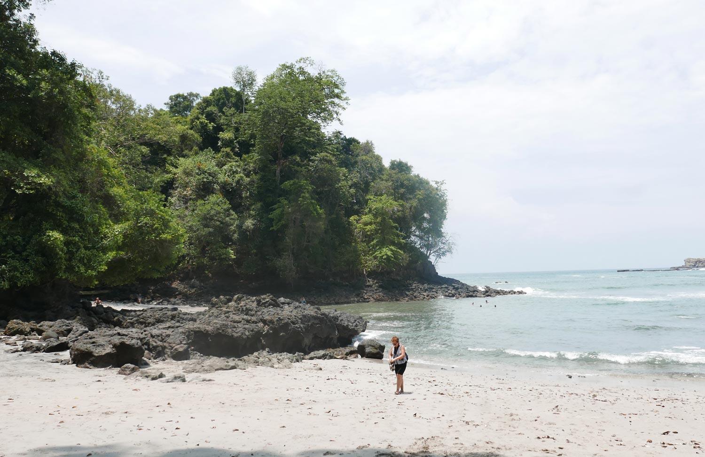 Playa Gemela beach in Manuel Antonio national park