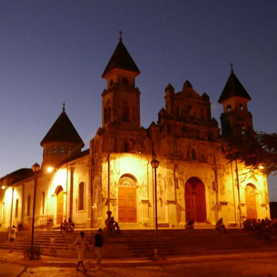 Iglesia Guadalupe in Granada, Nicaragua by night