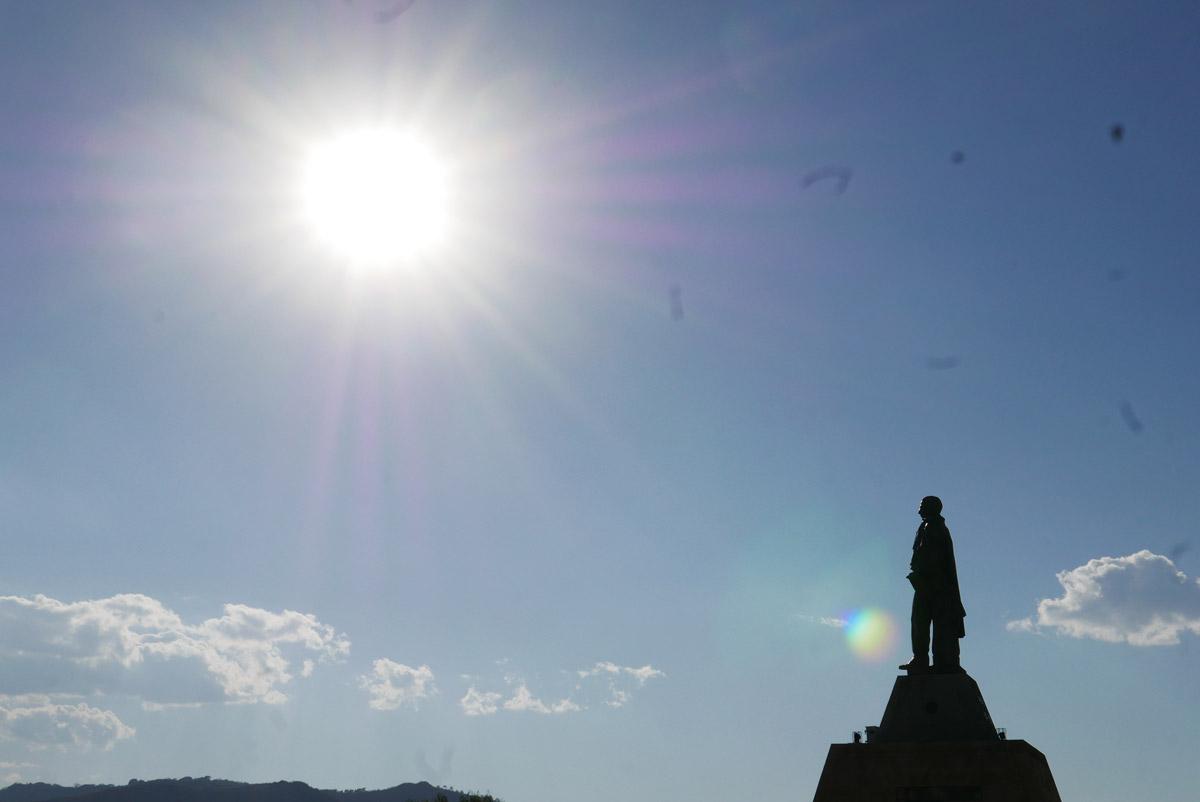 Hidalgo statue near the amphitheatre in Oaxaca city
