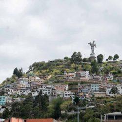 Virgen del Lanecillo above Quito centre
